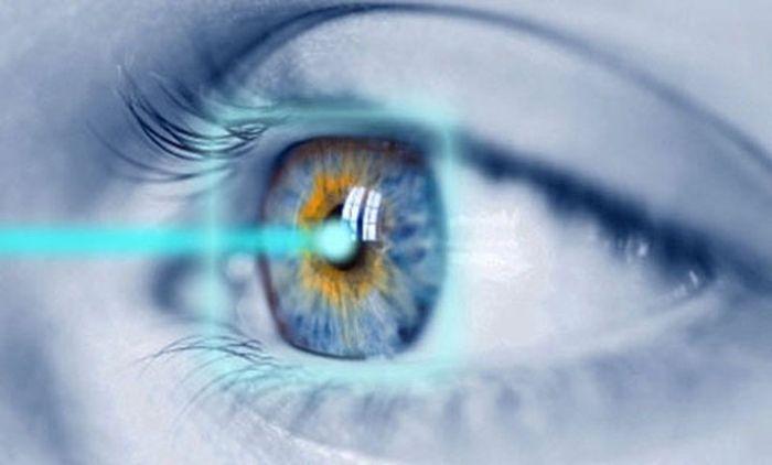 Воздействие лазера на глаз