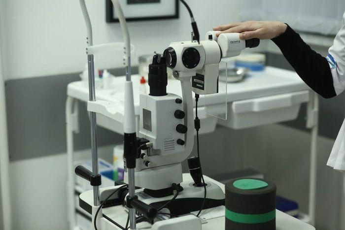 Аппаратура для коррекции зрения