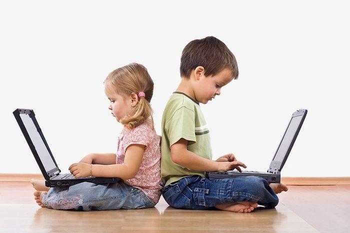 Дети за компьютерами