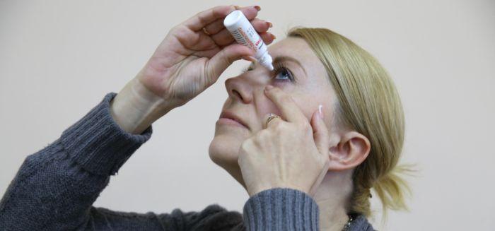 Применение глазных капель