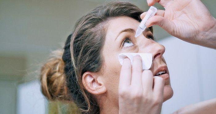 Лечение катаракты глазными каплями