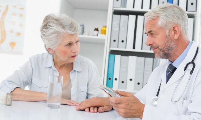 Пациент на консультации у офтальмолога