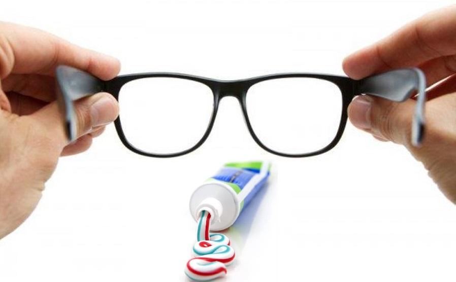 Зубная паста от царапин на очках