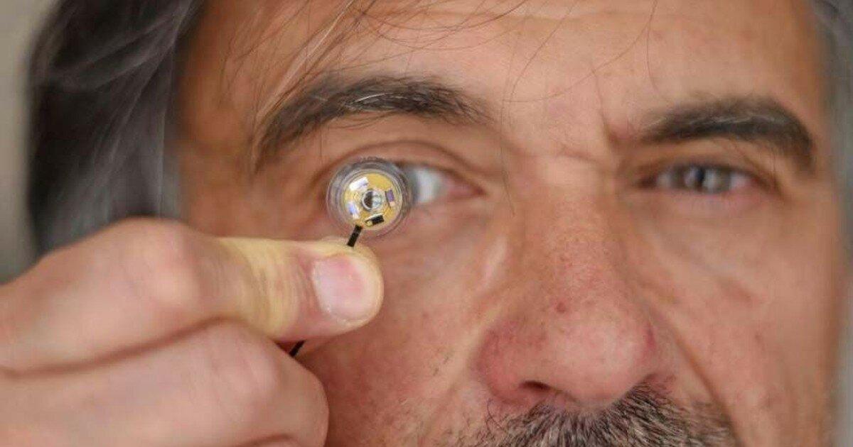 Первые линзы для глаз